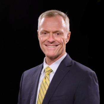 Dr. Allen Davis